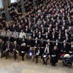 Am 6. Januar 2014 wurde Regionalbischof Christian Schmidt in St. Gumbertus von seinen Aufgaben entpflichtet